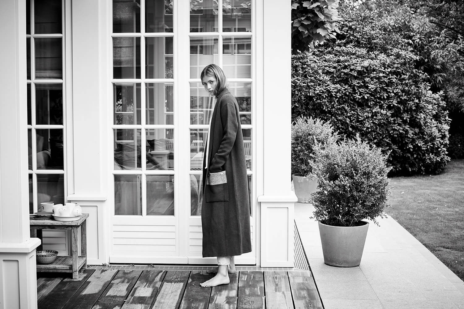 Lilli Schweiger at home black and white