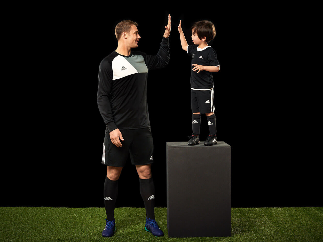 Manuel Neuer Doppelherz Queisser Pharma High Five